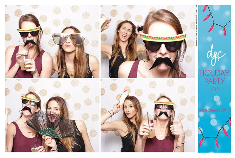 Sweet booths photo booth corporate holiday party (2)