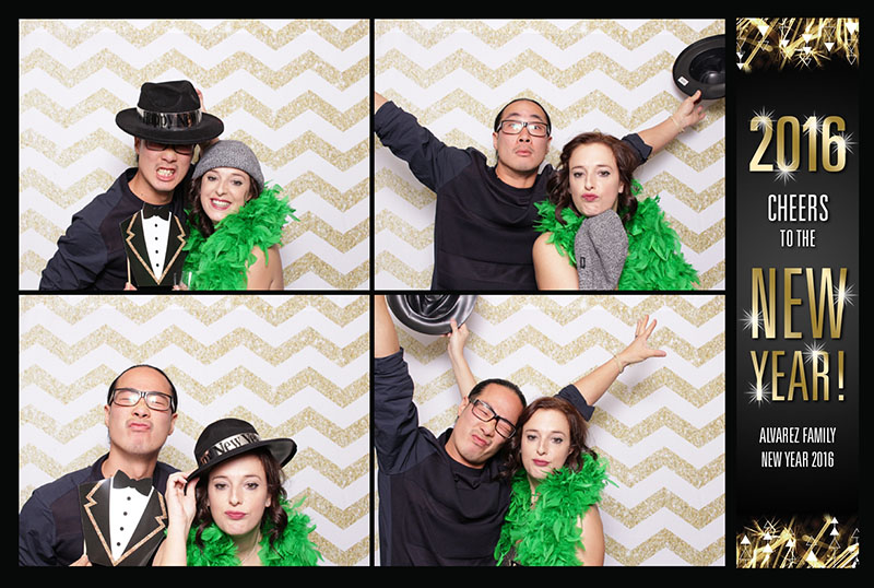 sweet booths photo booth new years party (7)